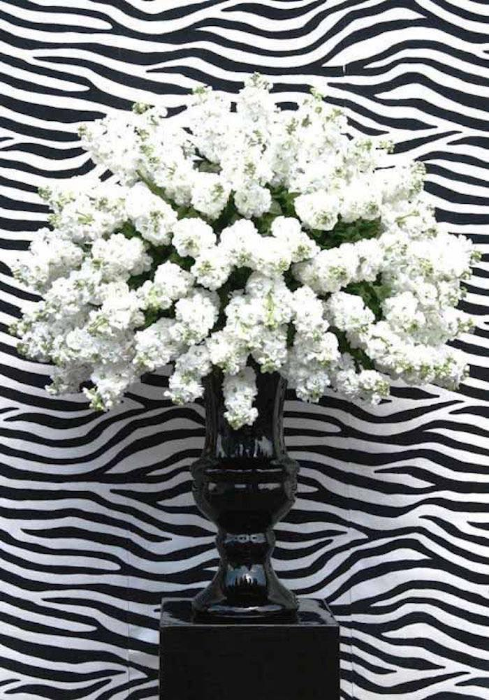 black-and-white-wedding-ideas-22-09132015-km