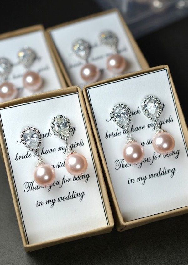 bridesmaids-gifts-6-092115ch