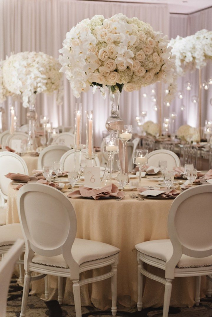 all white glamour in california wedding modwedding. Black Bedroom Furniture Sets. Home Design Ideas