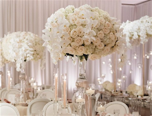All White Glamour in California Wedding