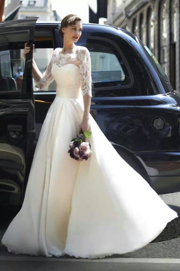 Classic Wedding Dresses from Top Designers - MODwedding