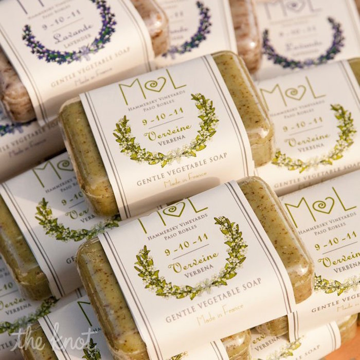 Stylish And Creative Wedding Favor Ideas