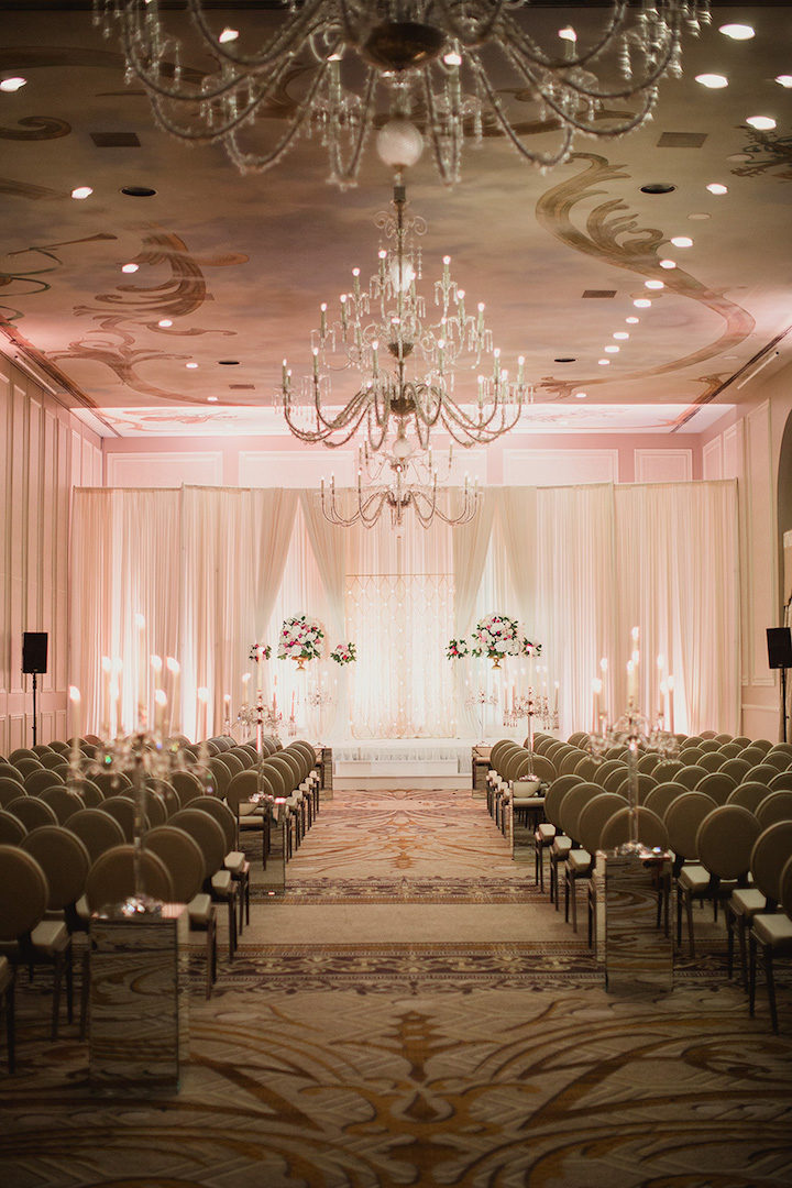 Luxurious dallas wedding at adolphus hotel modwedding for Hotel wedding decor