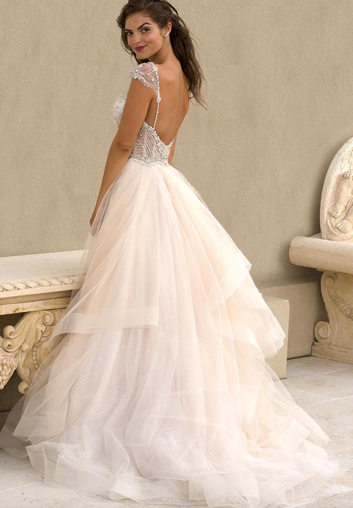 Gorgeous eve of milady wedding dresses for Wedding dresses for weddings