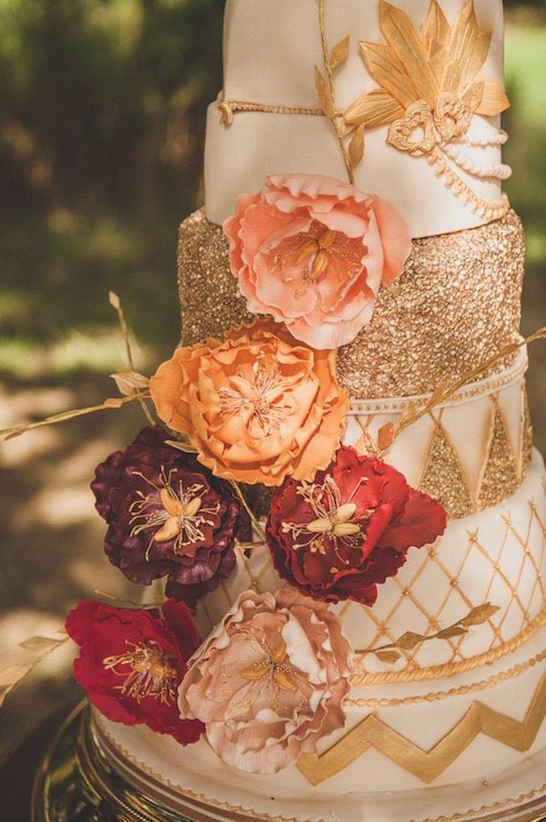 Spectacular Fall Wedding Cake Ideas - MODwedding