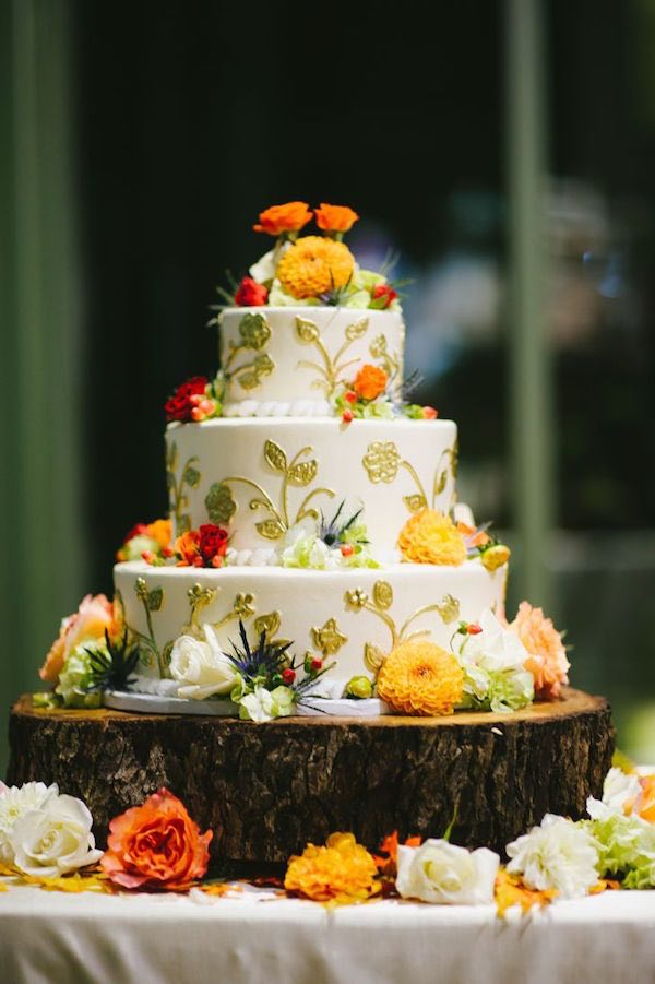 wedding cakes fall fall wedding cakes 16 091215ch 24337