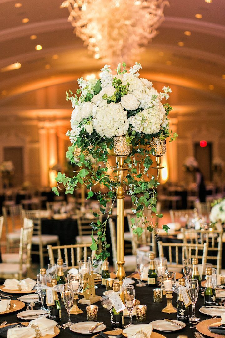 Elegant gold new year s eve florida wedding modwedding for 720 salon celebration fl