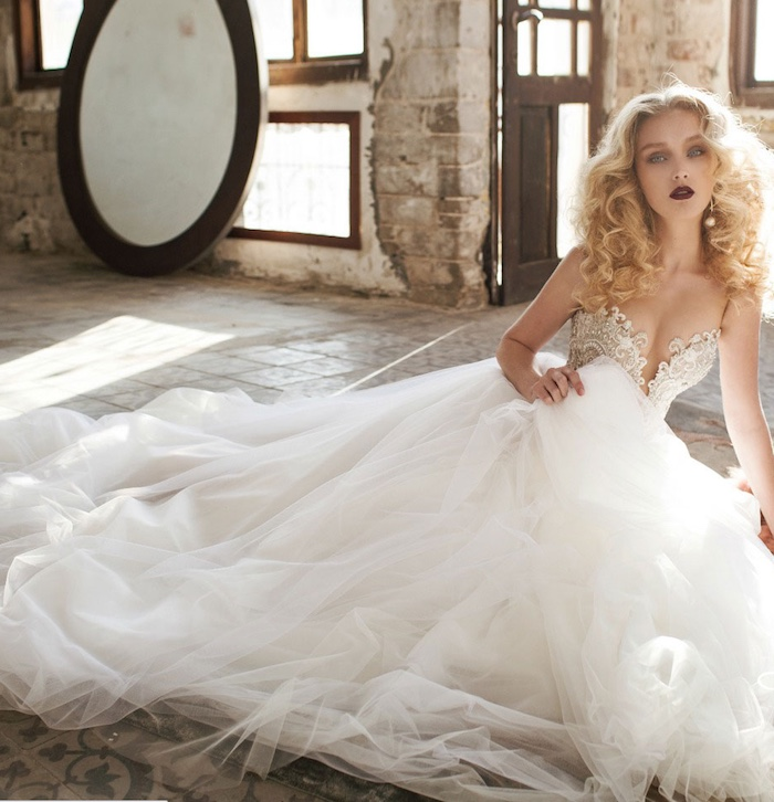 Hollywood Glamour Wedding Gowns: Glamorous Wedding Dresses Trends 2016