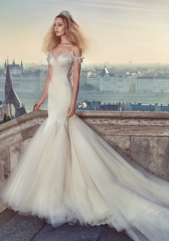 Emejing Hollywood Glam Wedding Dresses Pictures - Styles & Ideas ...