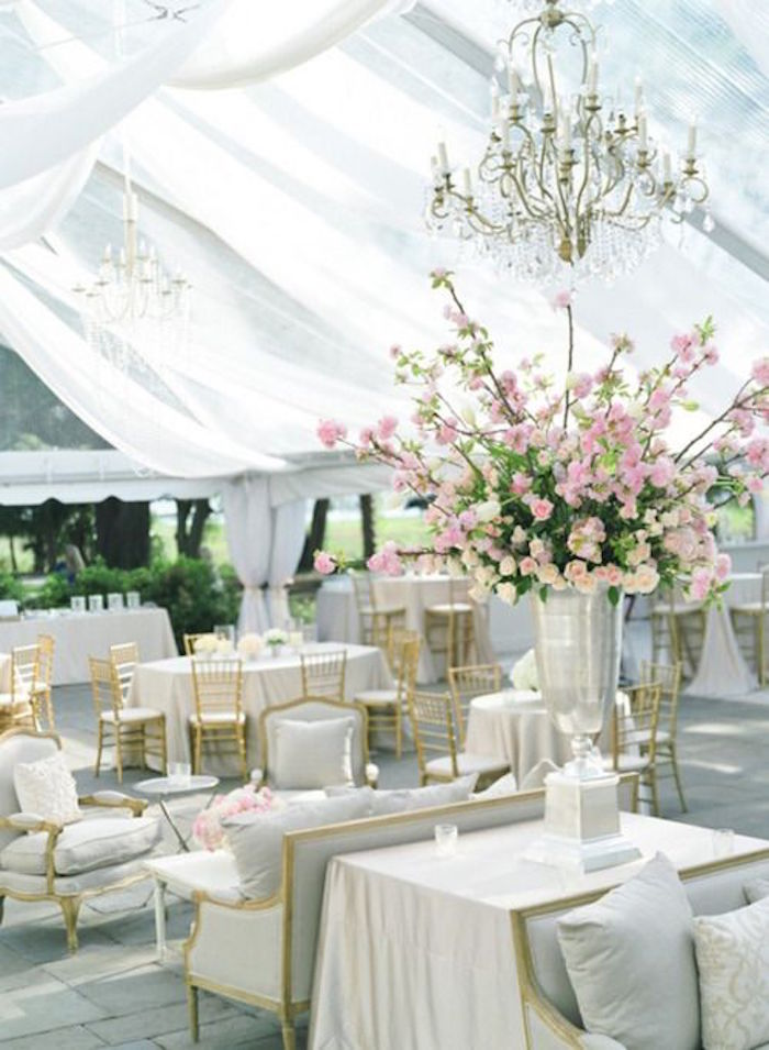 luxury-tent-wedding-ideas-20-09142015-km