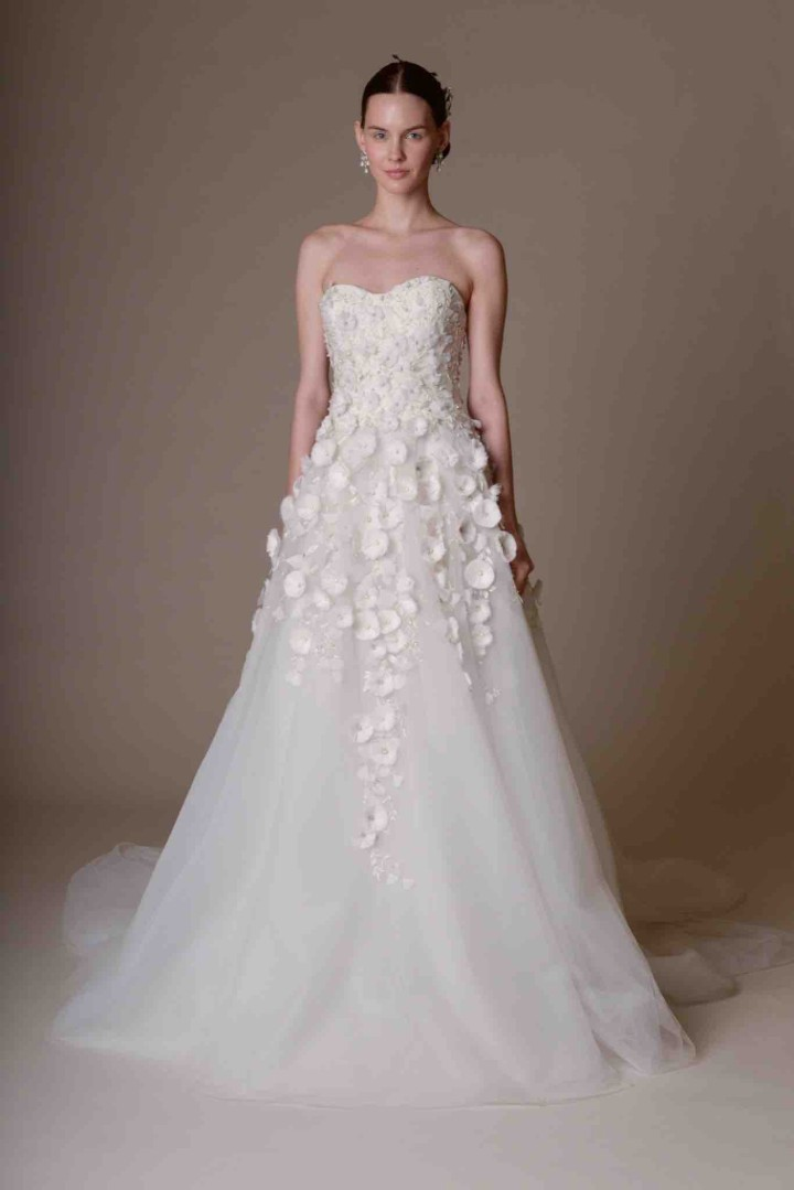 Marchesa wedding dresses spring 2016 modwedding Wedding dress video