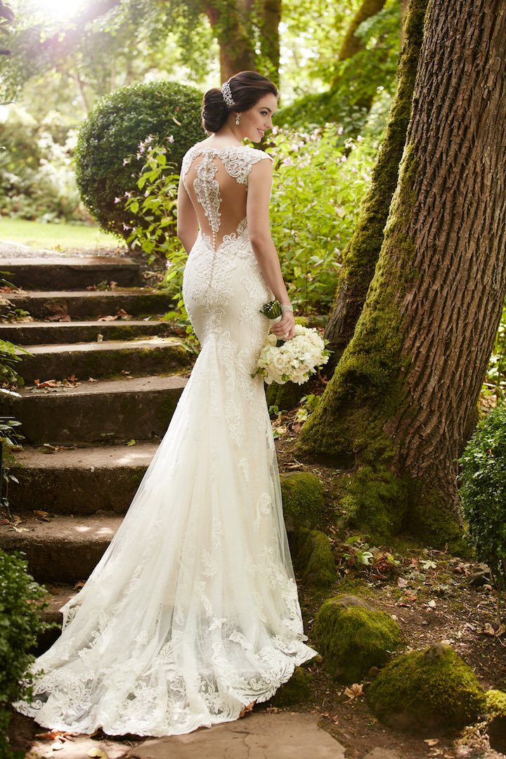 martina-liana-wedding-dresses-13-022517mc