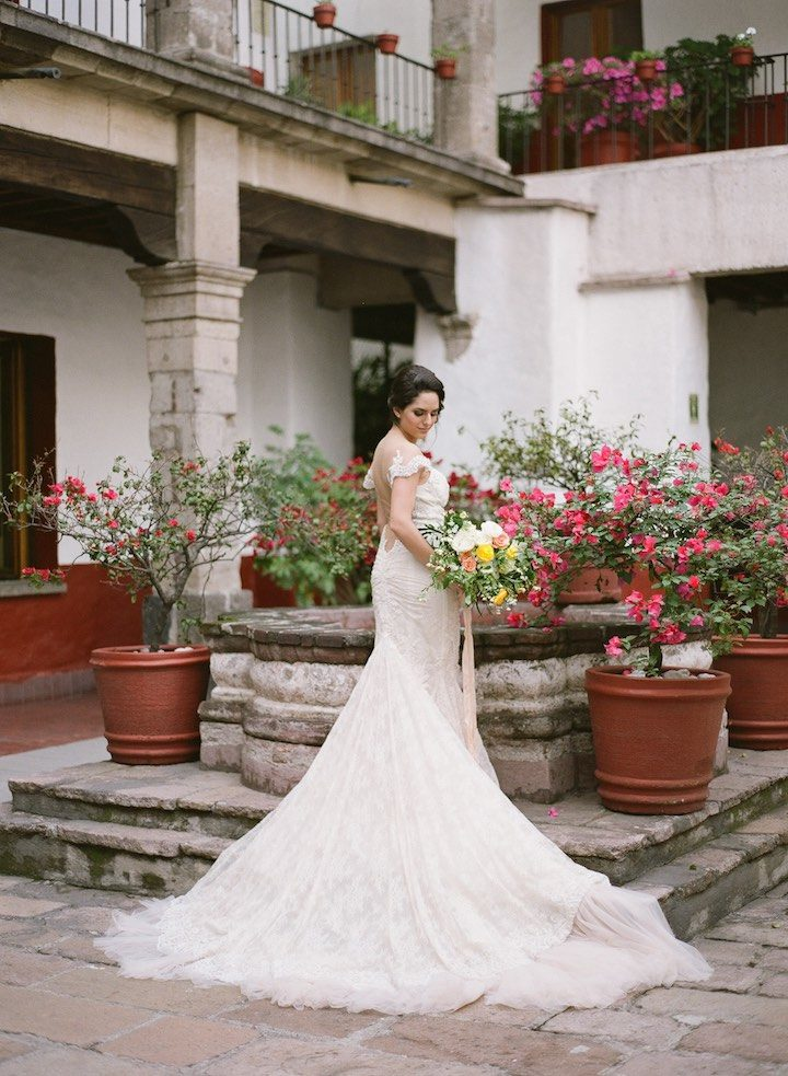 dreamy and romantic mexico city wedding inspiration