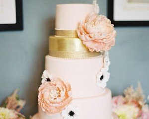 mint-wedding-cake-feature2-08012015nz