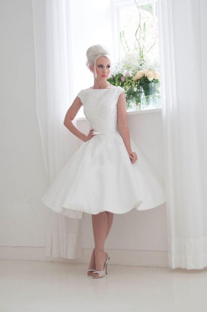 modest-wedding-dresses-17-0892015-km