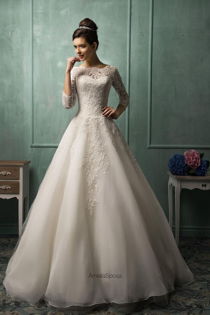 modest-wedding-dresses-19-08292015-km
