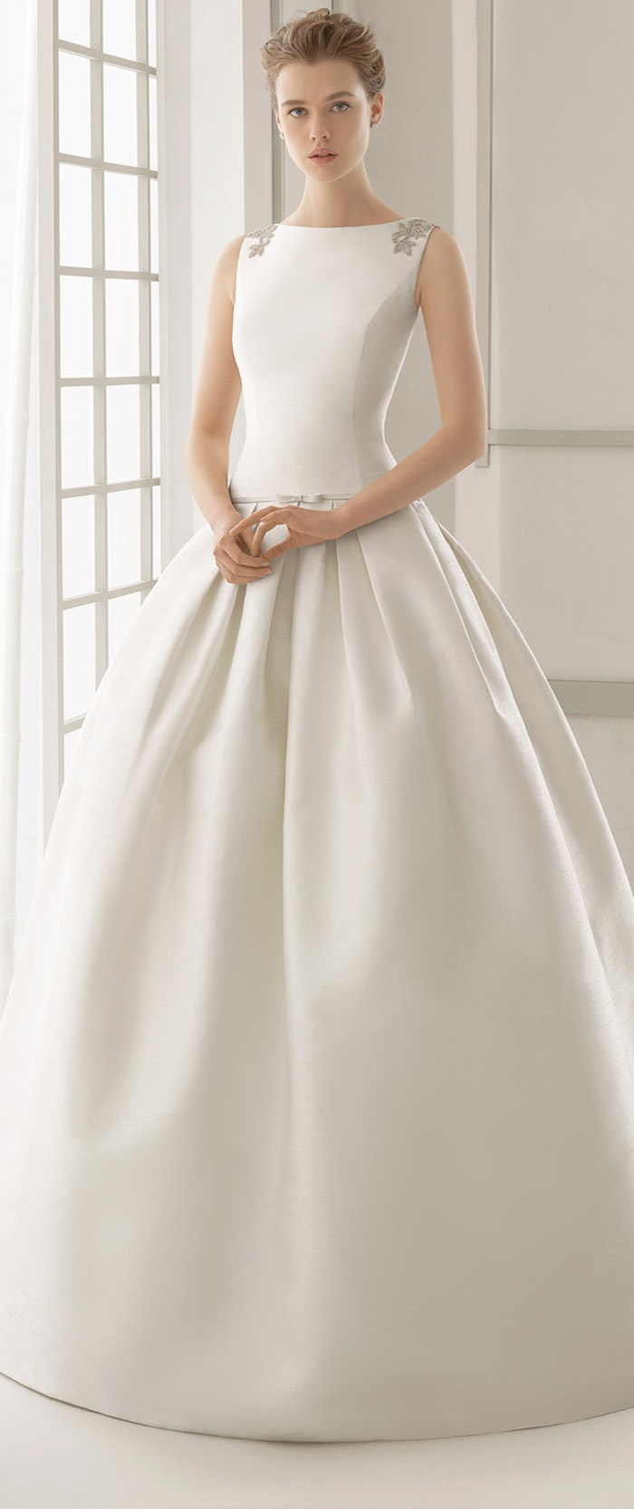 modest-wedding-dresses-3-08292015-km
