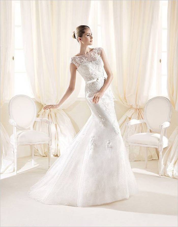 modest-wedding-dresses-35-08292015-ky
