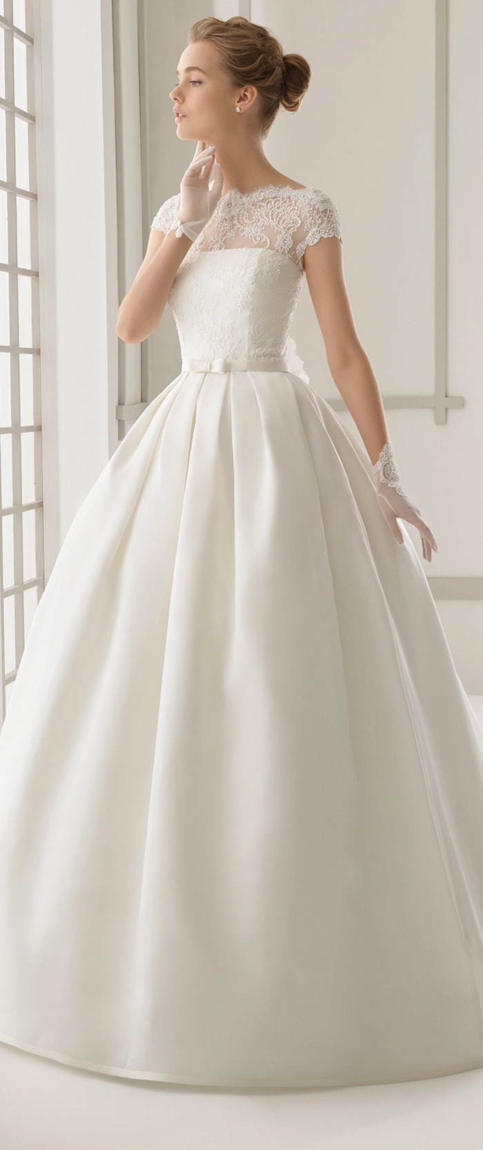 modest-wedding-dresses-5-08292015-km