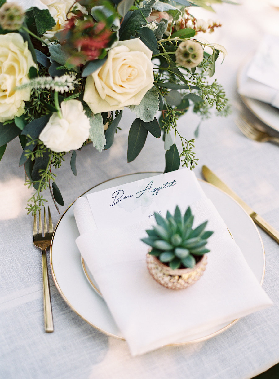 Chic Romance-Filled Outdoor Wedding at Healdsburg Country Gardens ...
