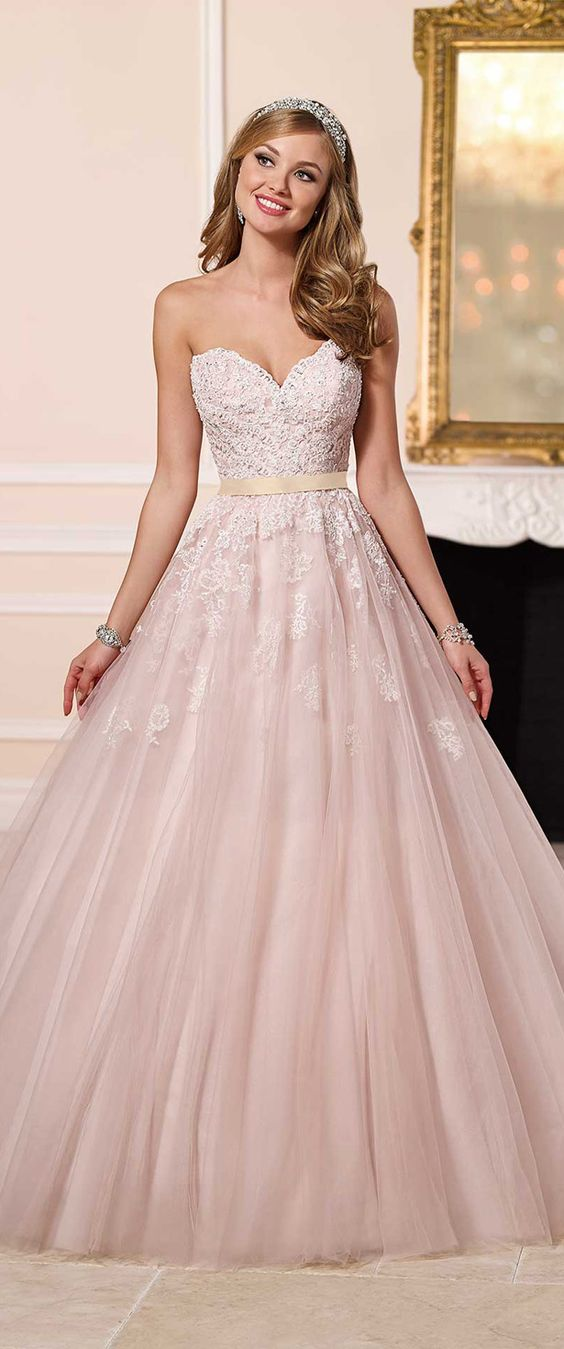 How much does a wedding planner cost modwedding for How much do stella york wedding dresses cost