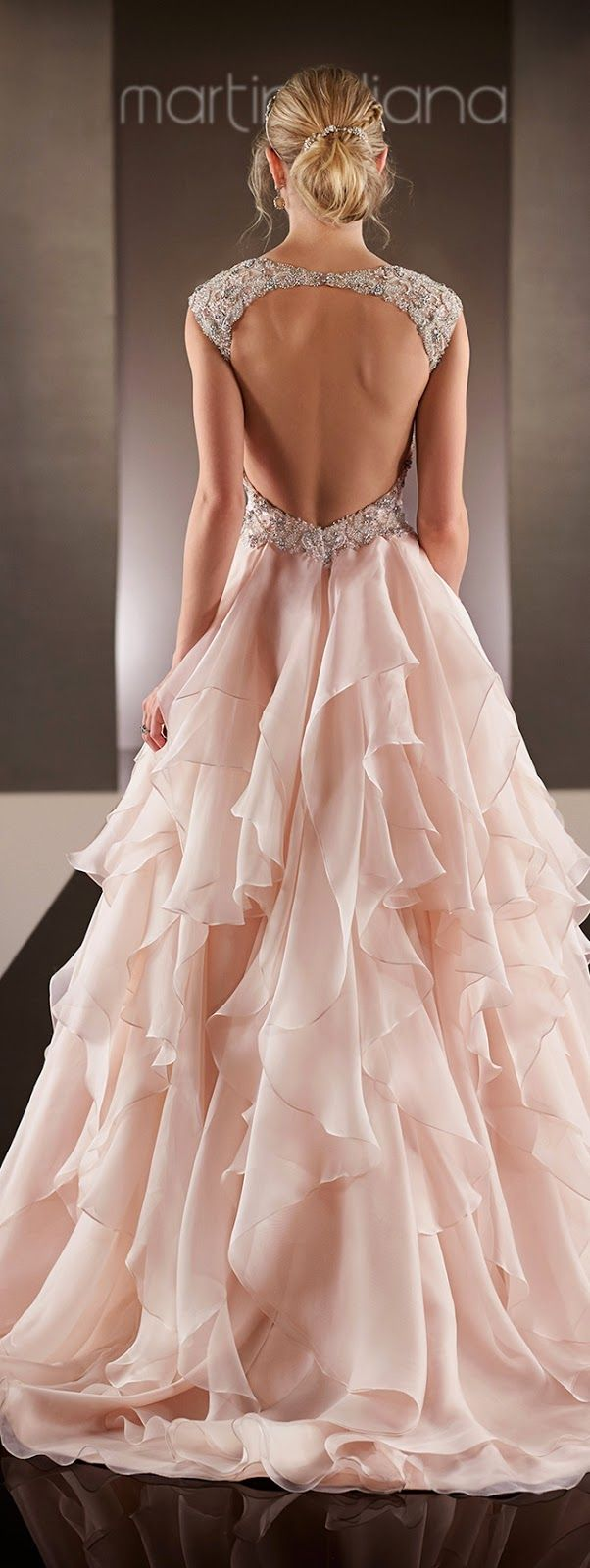 pink-wedding-ideas-21-12042015-km