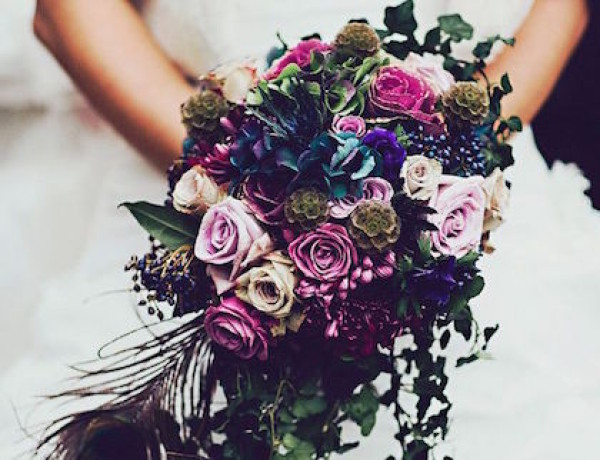 purple-wedding-bouquets-14-10122015-km