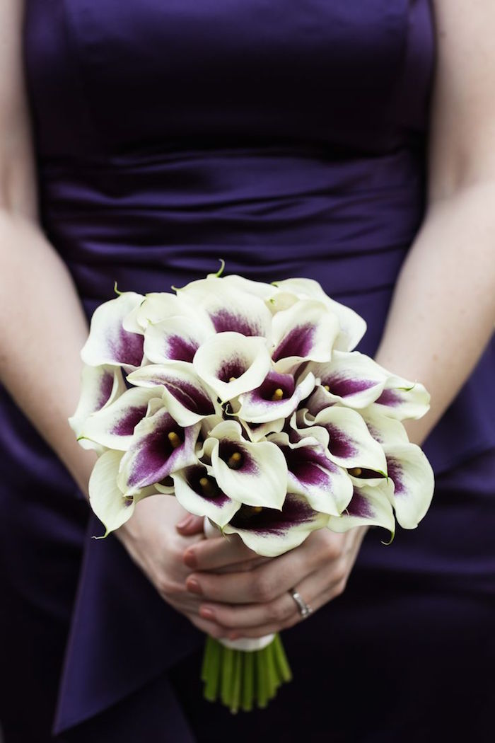 purple-wedding-bouquets-2-10122015-km