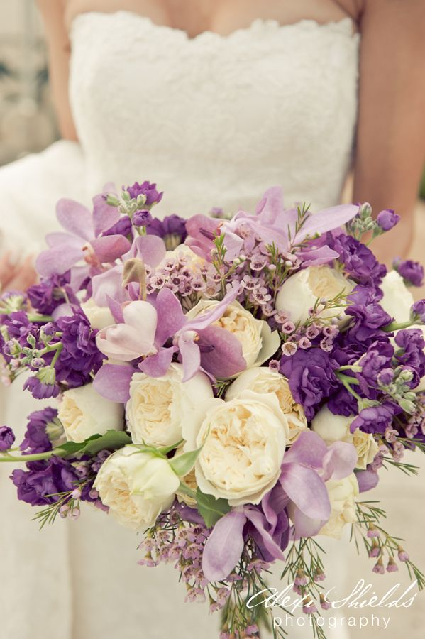 purple-wedding-bouquets-4-10122015-km