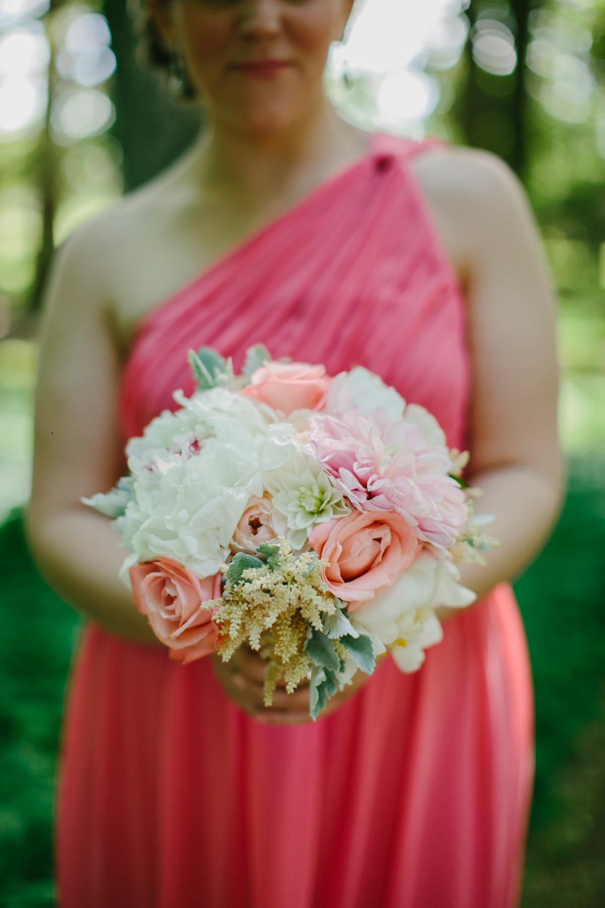 Classic Pink Rhode Island Wedding at Blithewold Mansion - MODwedding