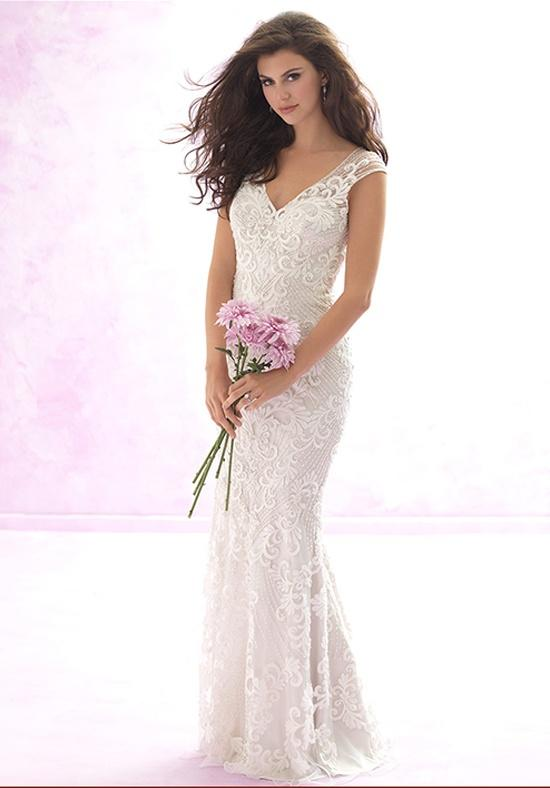 sheath-wedding-dress-1-091115mc
