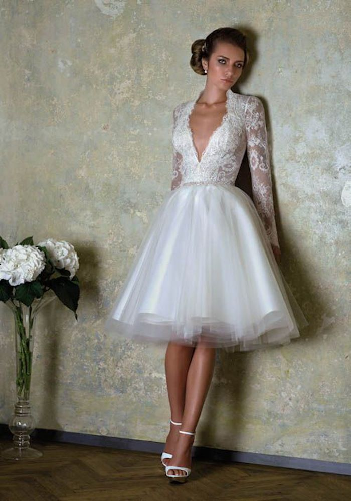 Short wedding dresses with luxury details modwedding for Wedding dress for a short bride
