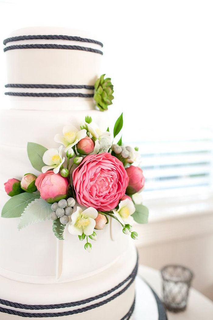 Simple wedding cakes made to inspire modwedding for Simple wedding cake flowers