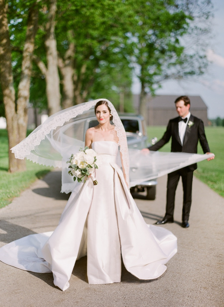 Elegantly Classic Spring Southern Wedding in Kentucky from ...
