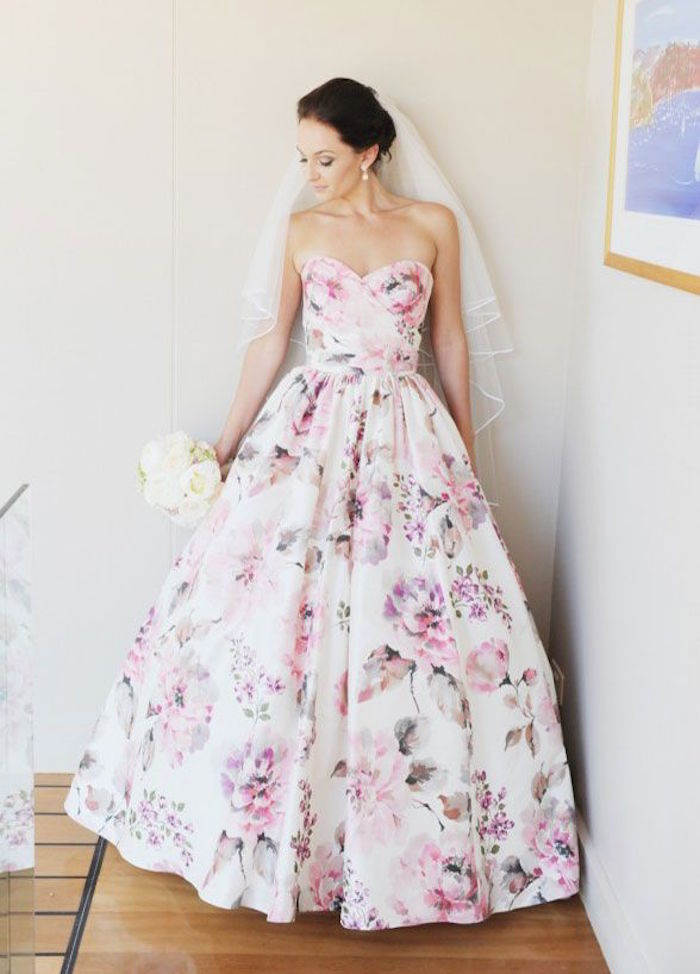 Summer wedding colors that inspire modwedding for Floral wedding dresses with color