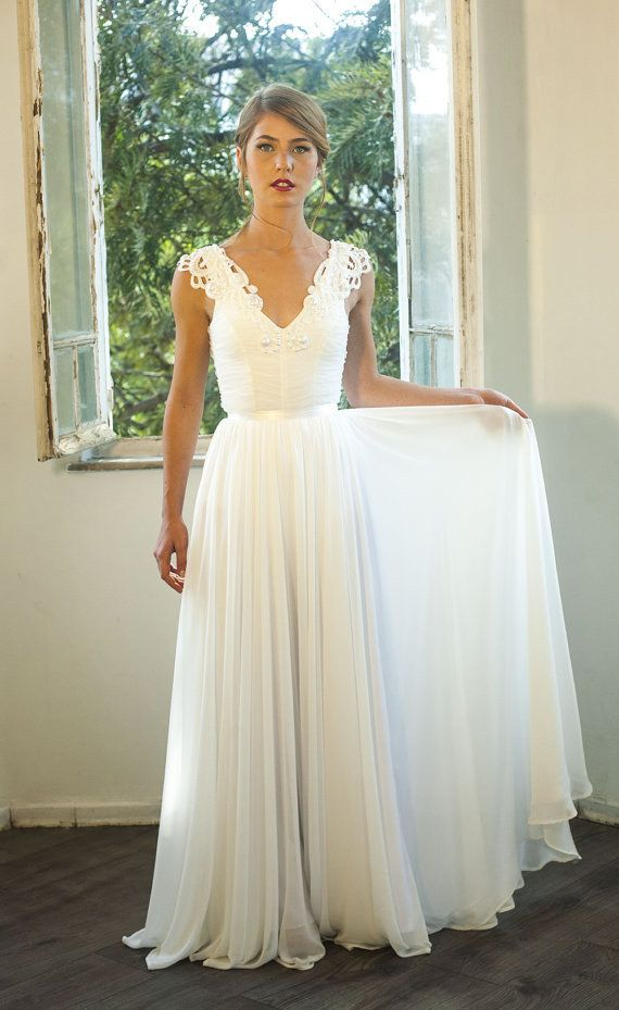 Vintage wedding dresses with a modern spin modwedding for Antique inspired wedding dresses