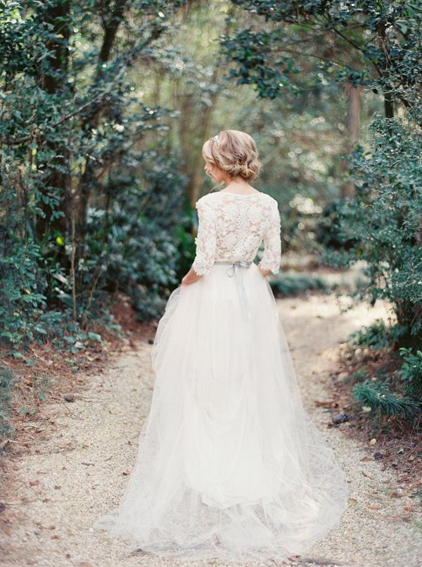 vintage-wedding-dresses-2-08132015-ky