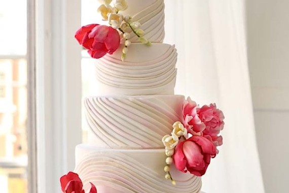 wedding-cake-feature-092515mc