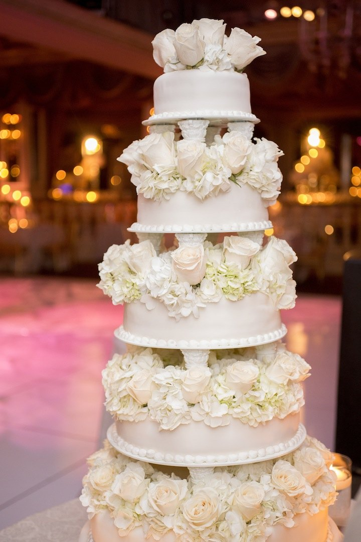 best wedding cake bakeries new york glamorous new york wedding at the hotel modwedding 11411