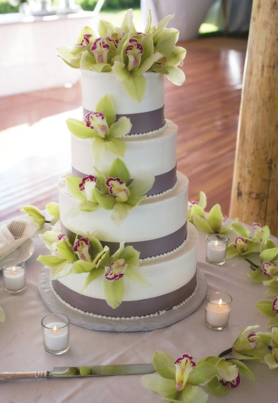 wedding-cakes-10-02152016-km