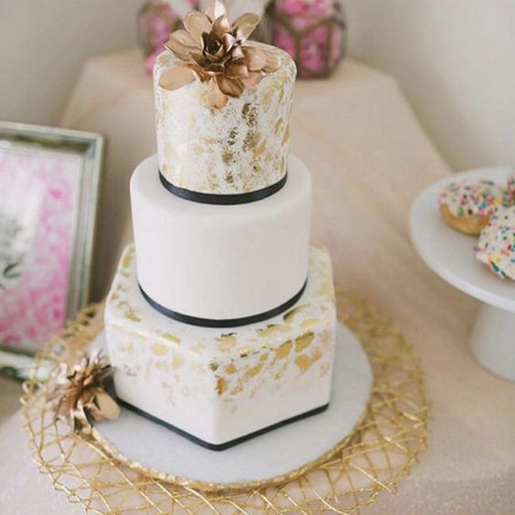 wedding-cakes-14-02152016-km