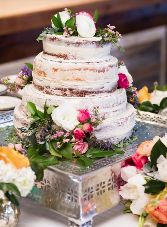 wedding-cakes-17-02192016-km
