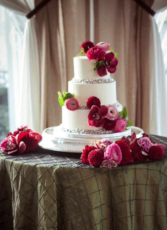 wedding-cakes-21-02192016-km