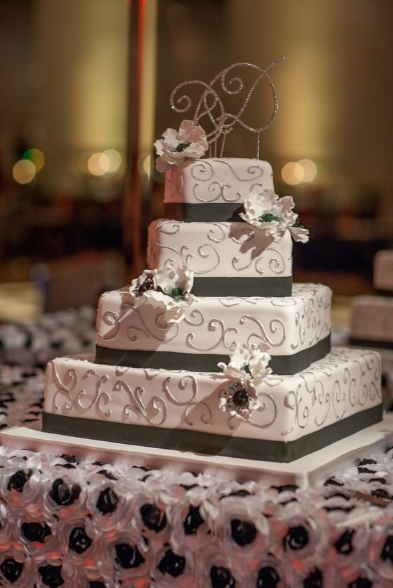 wedding-cakes-23-02152016-km