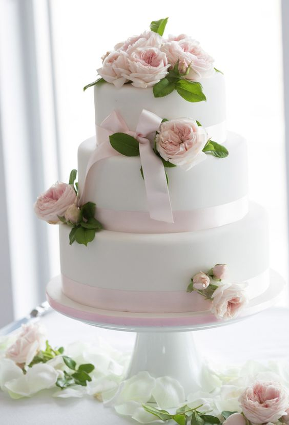 wedding-cakes-23-02192016-km