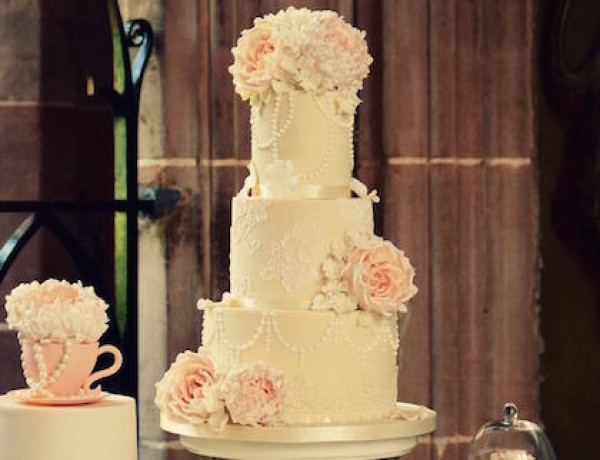 wedding-cakes-23-10152015-km