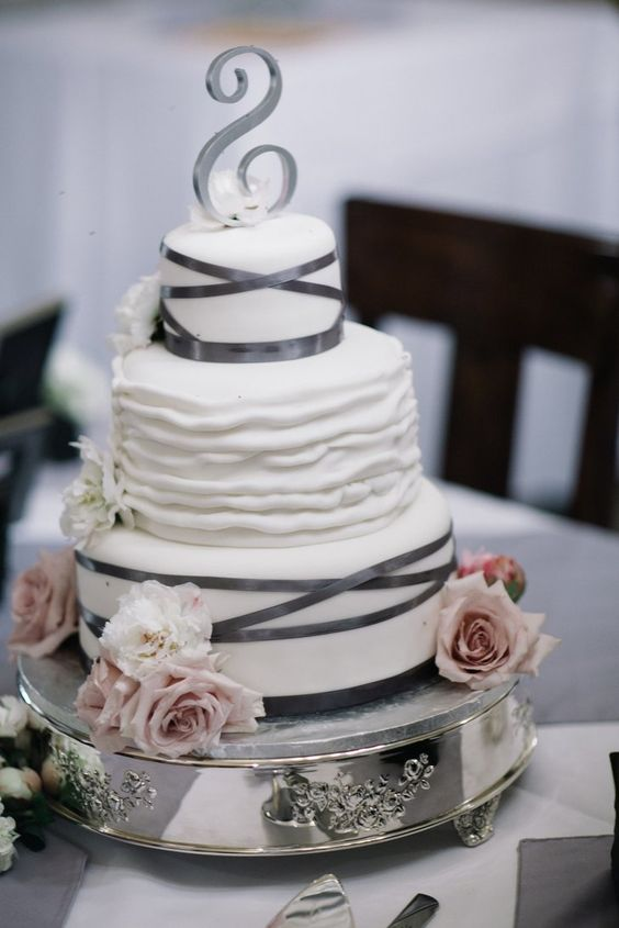 wedding-cakes-24-02152016-km