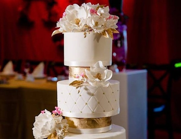 Wedding Cakes with Fabulously Adorable Details