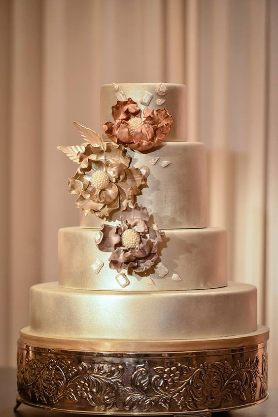 wedding-cakes2-17-01312016-km