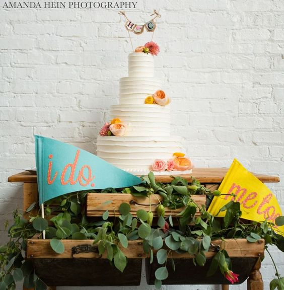 wedding-cakes2-19-01312016-km
